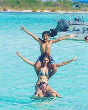 Family bonding in Cozumel